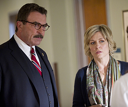 Watch Blue Bloods Season 2 Episode 7