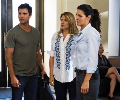 Watch Rizzoli & Isles Season 2 Episode 12