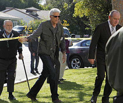 Watch CSI Season 12 Episode 10