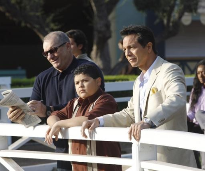 Watch Modern Family Season 3 Episode 11