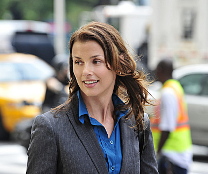 Watch Blue Bloods Season 2 Episode 9
