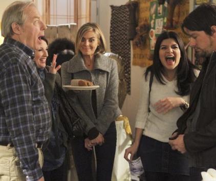 Watch Happy Endings Season 2 Episode 11