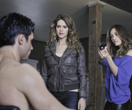 Watch Nikita Season 2 Episode 12