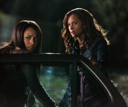 Watch The Vampire Diaries Season 3 Episode 12