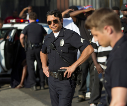 Watch Southland Season 4 Episode 1