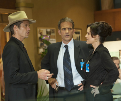 Watch Justified Season 3 Episode 2