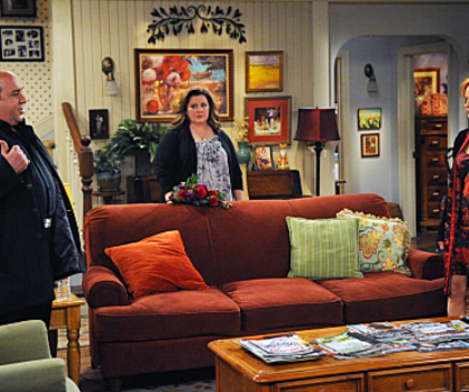 Watch Mike & Molly Season 2 Episode 14