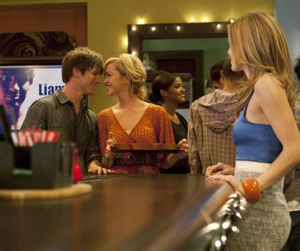 Watch 90210 Season 4 Episode 15
