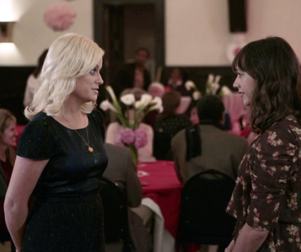 Watch Parks and Recreation Season 4 Episode 14