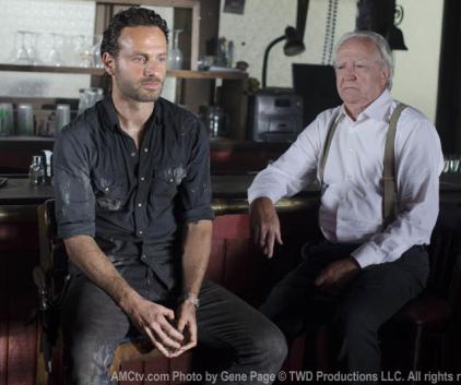 Watch The Walking Dead Season 2 Episode 8