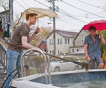 Watch Shameless Season 2 Episode 7
