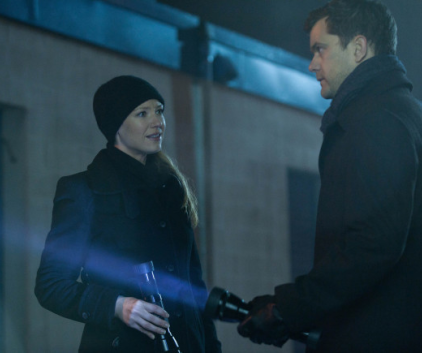 Watch Fringe Season 4 Episode 13