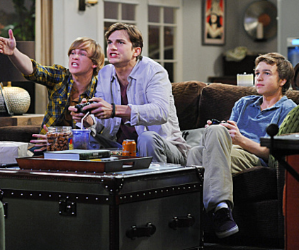 Watch Two and a Half Men Season 9 Episode 19