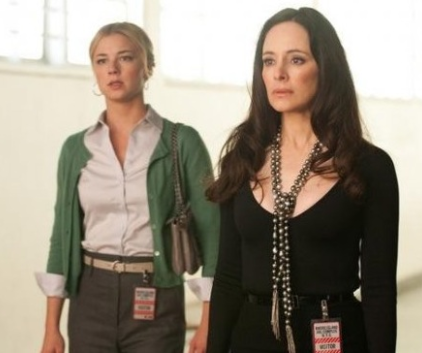 Watch Revenge Season 1 Episode 17
