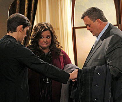 Watch Mike & Molly Season 2 Episode 19