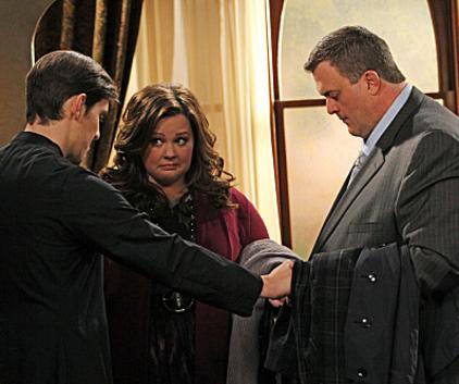 Watch Mike & Molly Season 2 Episode 19