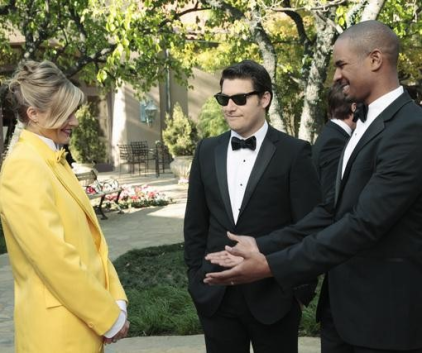 Watch Happy Endings Season 2 Episode 21