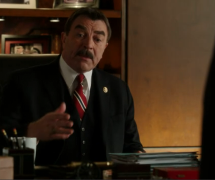 Watch Blue Bloods Season 2 Episode 17