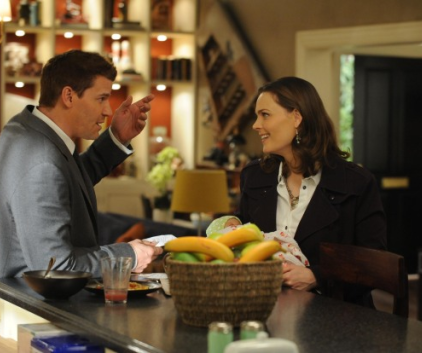 Watch Bones Season 7 Episode 8