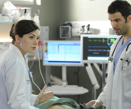 Watch Saving Hope Season 1 Episode 5