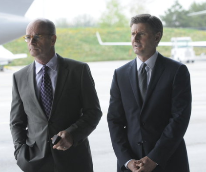 Watch Suits Season 2 Episode 4