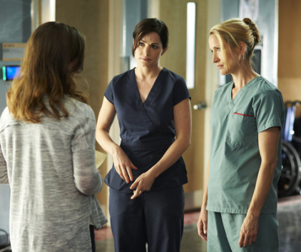 Watch Saving Hope Season 1 Episode 8