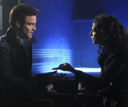 Watch Warehouse 13 Season 4 Episode 3