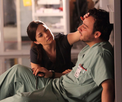 Watch Saving Hope Season 1 Episode 11