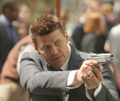 Watch Bones Season 8 Episode 3