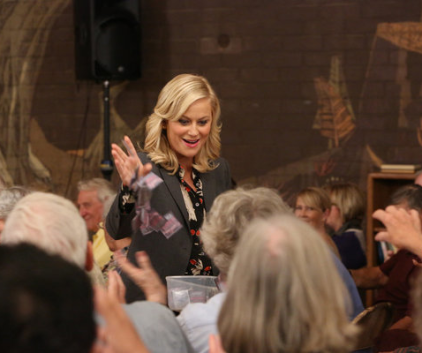 Watch Parks and Recreation Season 5 Episode 4