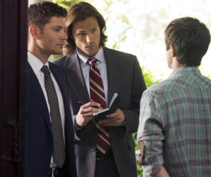 Watch Supernatural Season 8 Episode 4
