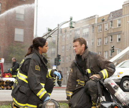 Watch Chicago Fire Season 1 Episode 6