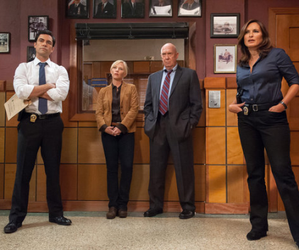 Watch Law & Order: SVU Season 14 Episode 7
