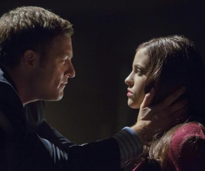 Watch Arrow Season 1 Episode 7