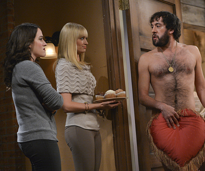 Watch 2 Broke Girls Season 2 Episode 8