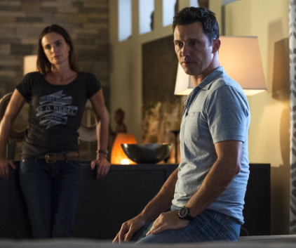 Watch Burn Notice Season 6 Episode 14