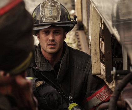 Watch Chicago Fire Season 1 Episode 8