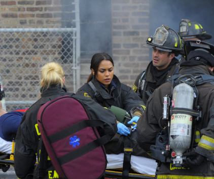 Watch Chicago Fire Season 1 Episode 9