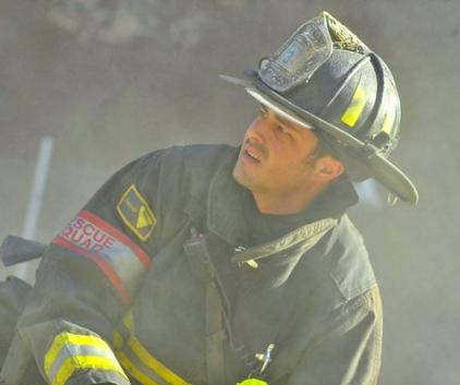 Watch Chicago Fire Season 1 Episode 11