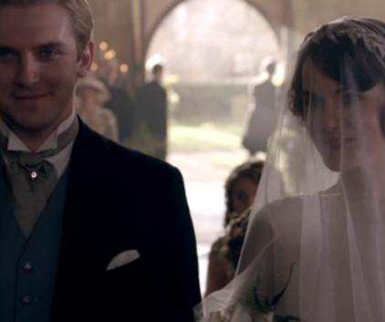 Watch Downton Abbey Season 3 Episode 1