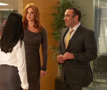 Watch Suits Season 2 Episode 11