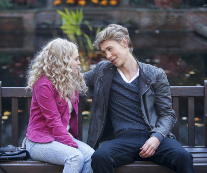 Watch The Carrie Diaries Season 1 Episode 3