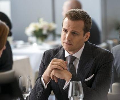 Watch Suits Season 2 Episode 12