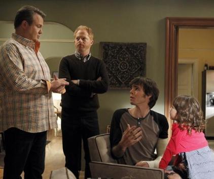 Watch Modern Family Season 4 Episode 15