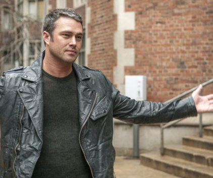 Watch Chicago Fire Season 1 Episode 16