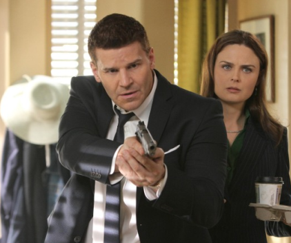 Watch Bones Season 8 Episode 17