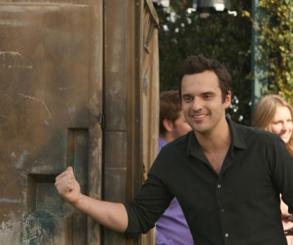 Watch New Girl Season 2 Episode 18