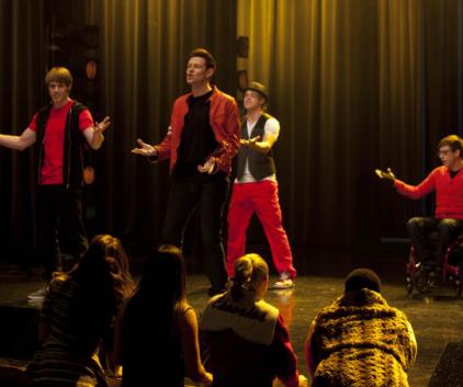 Watch Glee Season 4 Episode 16