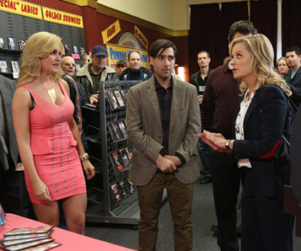 Watch Parks and Recreation Season 5 Episode 16