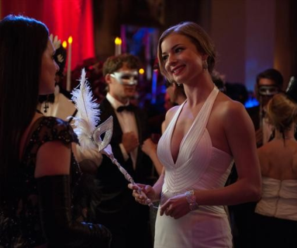 Watch Revenge Season 2 Episode 18